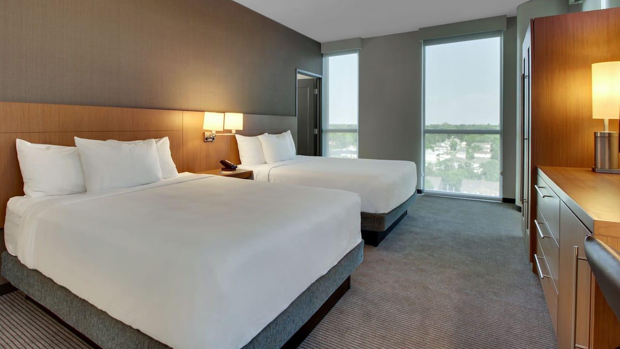 Hotel Rooms Near University of Iowa Hospital at Hyatt Place Iowa City Downtown