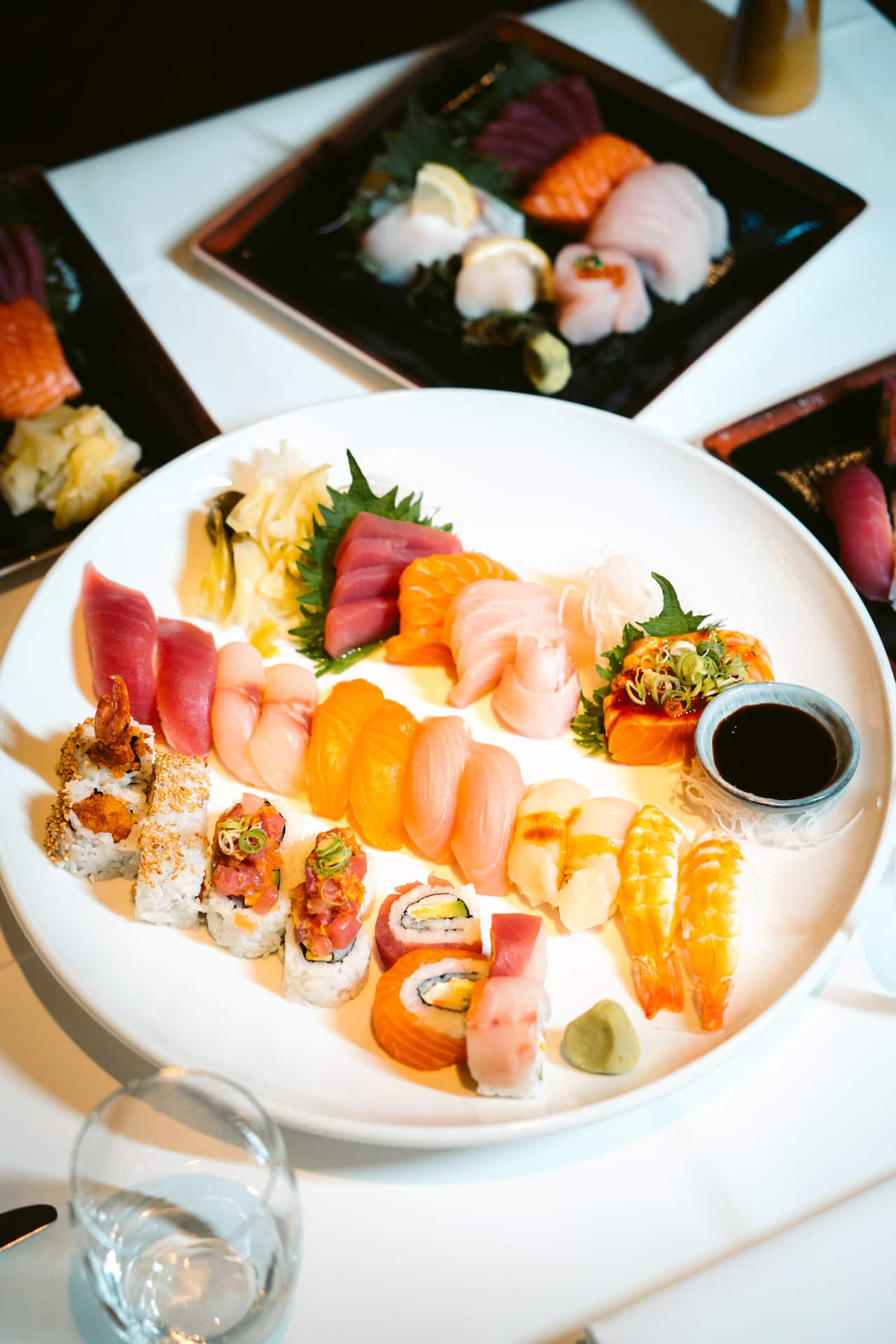 Sushiteller im Vox Restaurant im Grand Hyatt Berlin