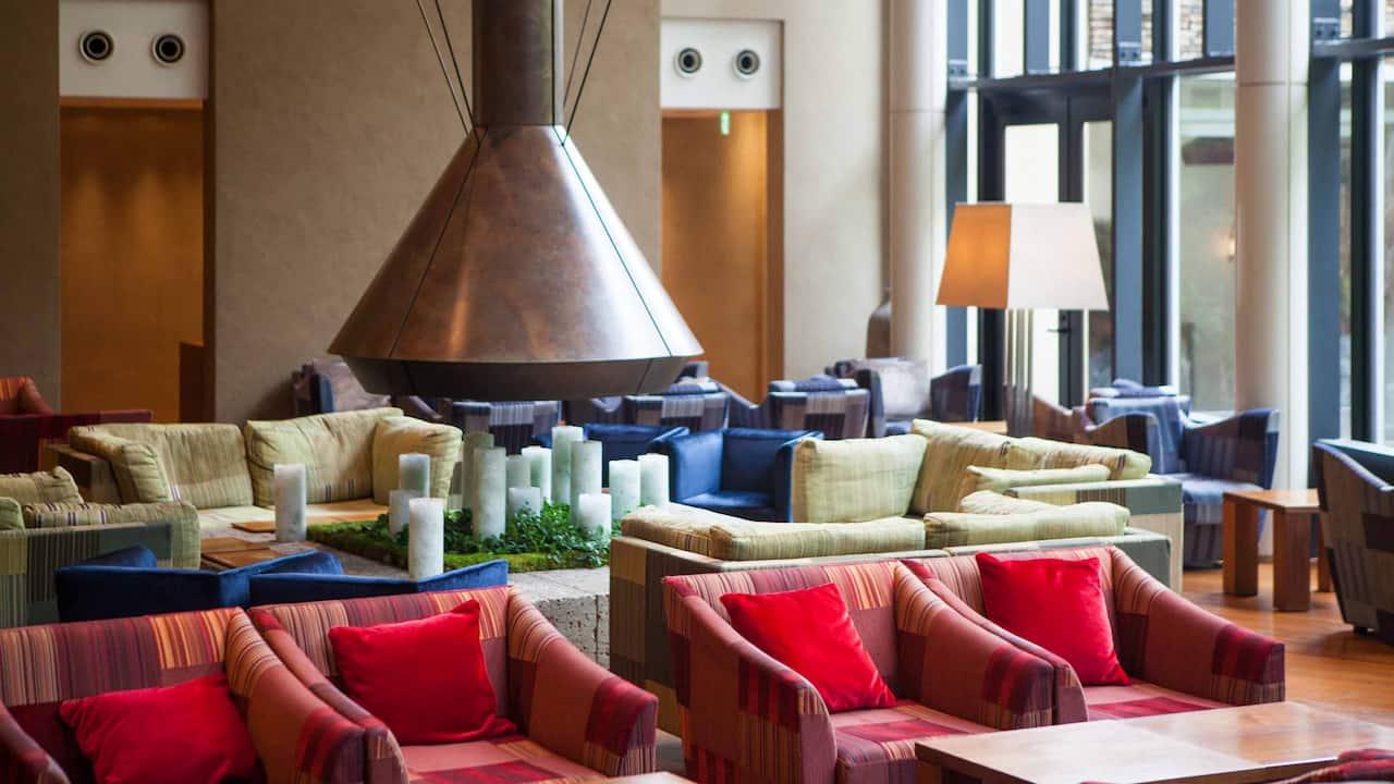 Hyatt Regency Hakone Resort & Spa| Living Room