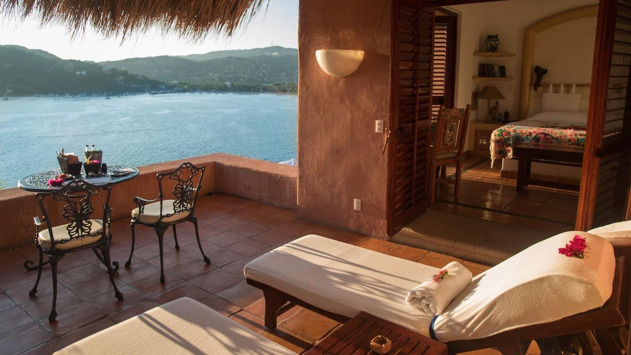 La Casa Que Canta – Oceanfront Terrace Suite