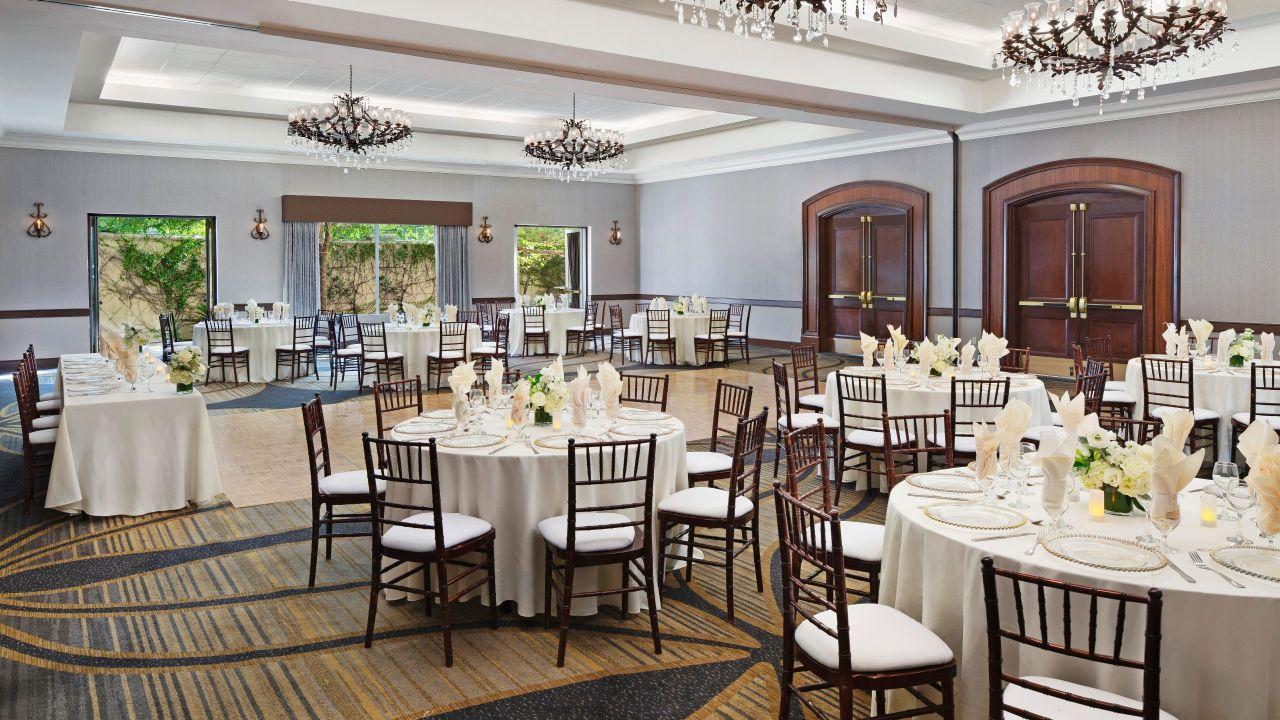 Beautiful Weddings In Santa Clarita Hyatt Regency Valencia