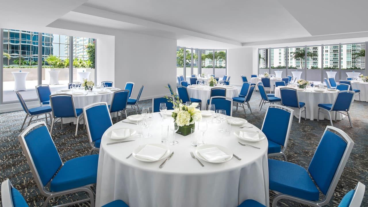 Ballroom A Banquet Rounds