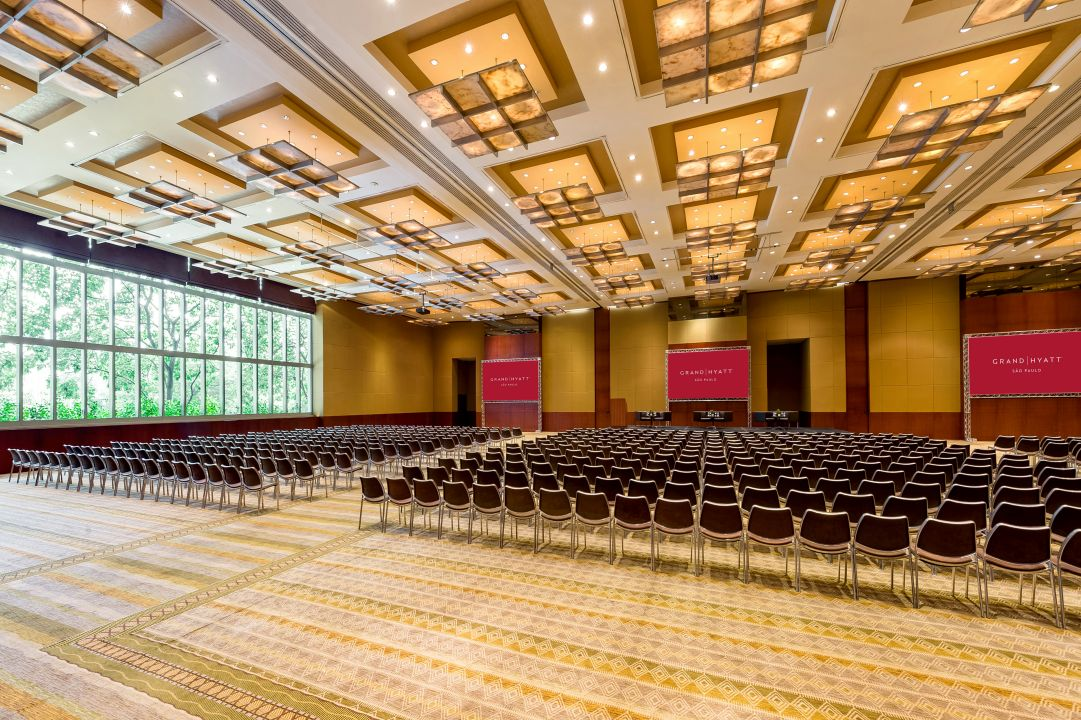 SAOGH_P833 Grand Ballroom Auditorium Panoramic View