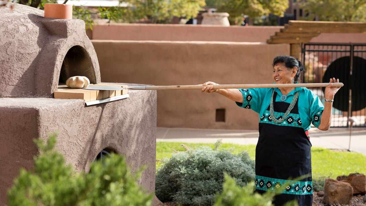 Bread Making Hyatt Regency Tamaya Resort & Spa