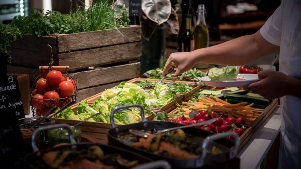 Hyatt-Regency-Paris-Breakfast-Vegetables
