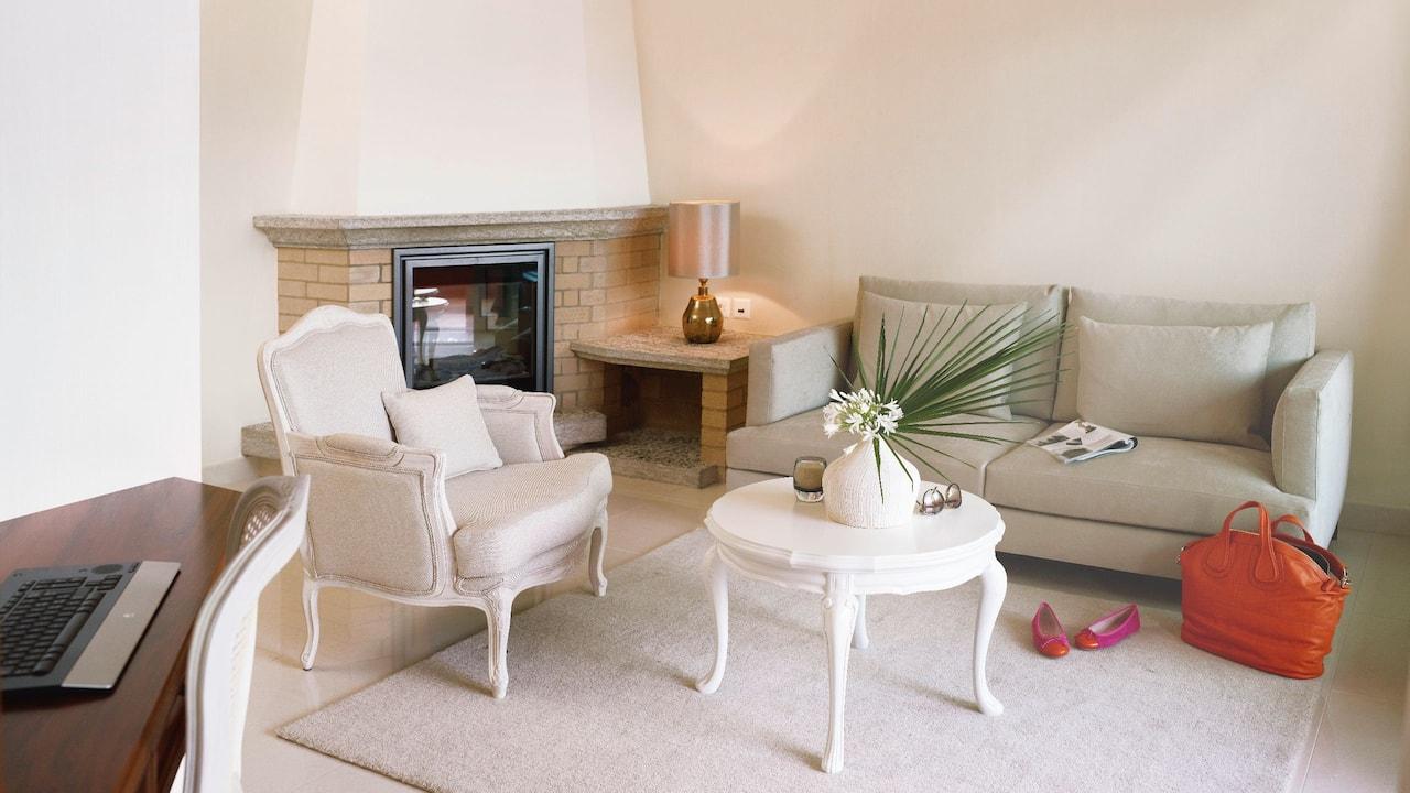 Boutique Junior Suite Terrace Living Room