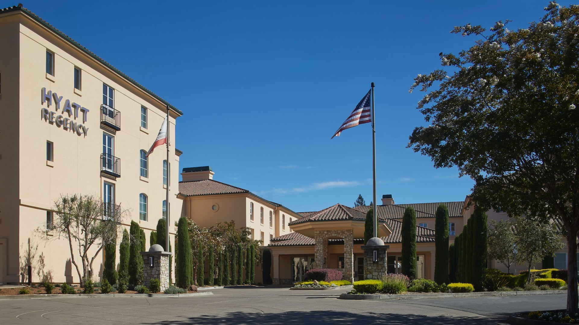 Hotel Entrance at Hyatt Regency Sonoma Wine Country