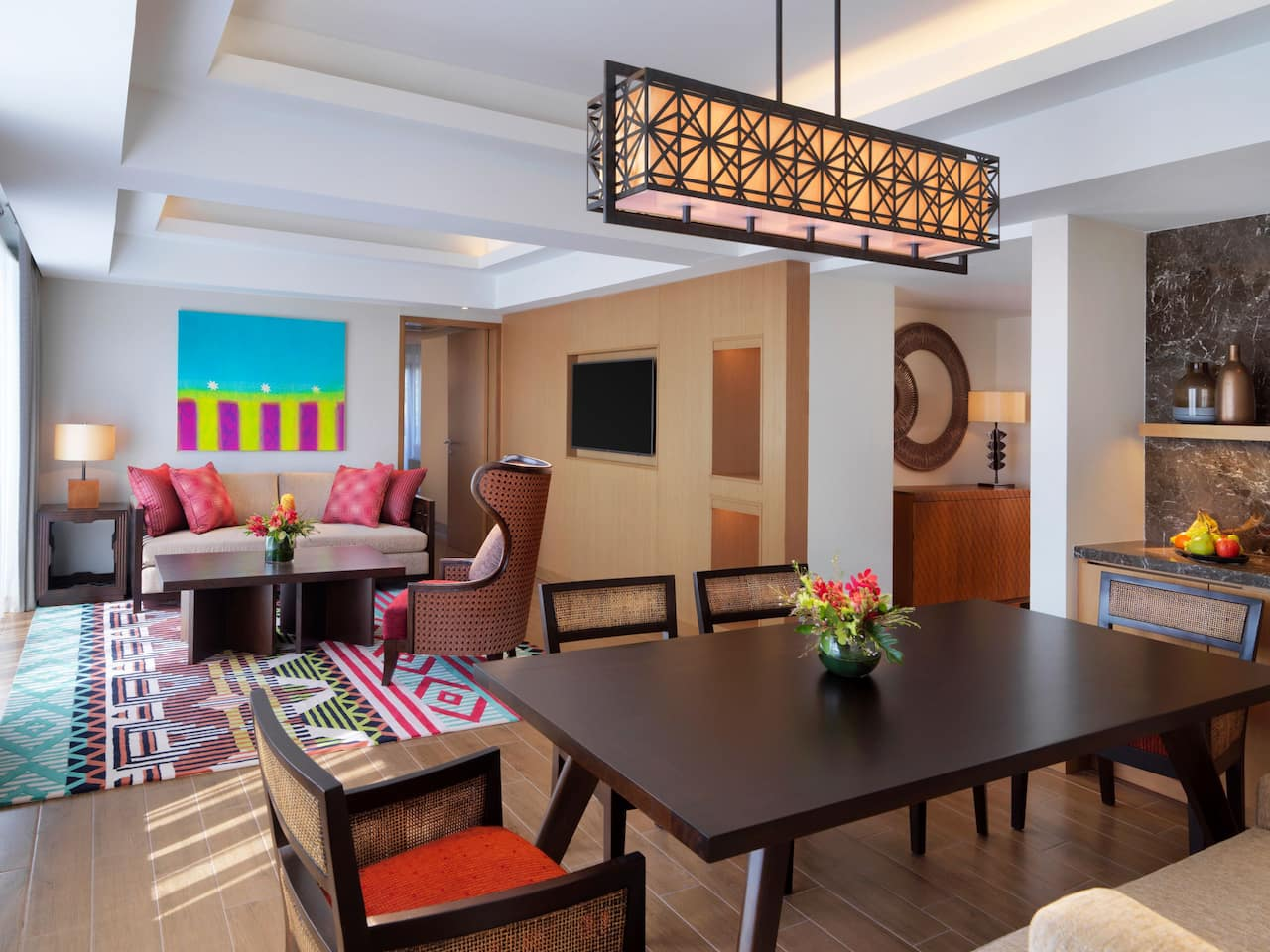 Regency Suite Living and Dining Areas