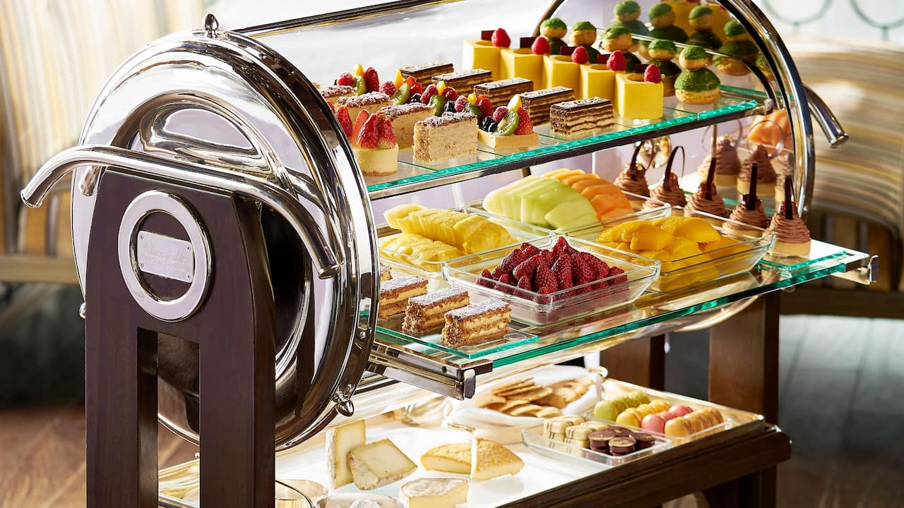 Hugos-Lunch-Dessert-Trolley