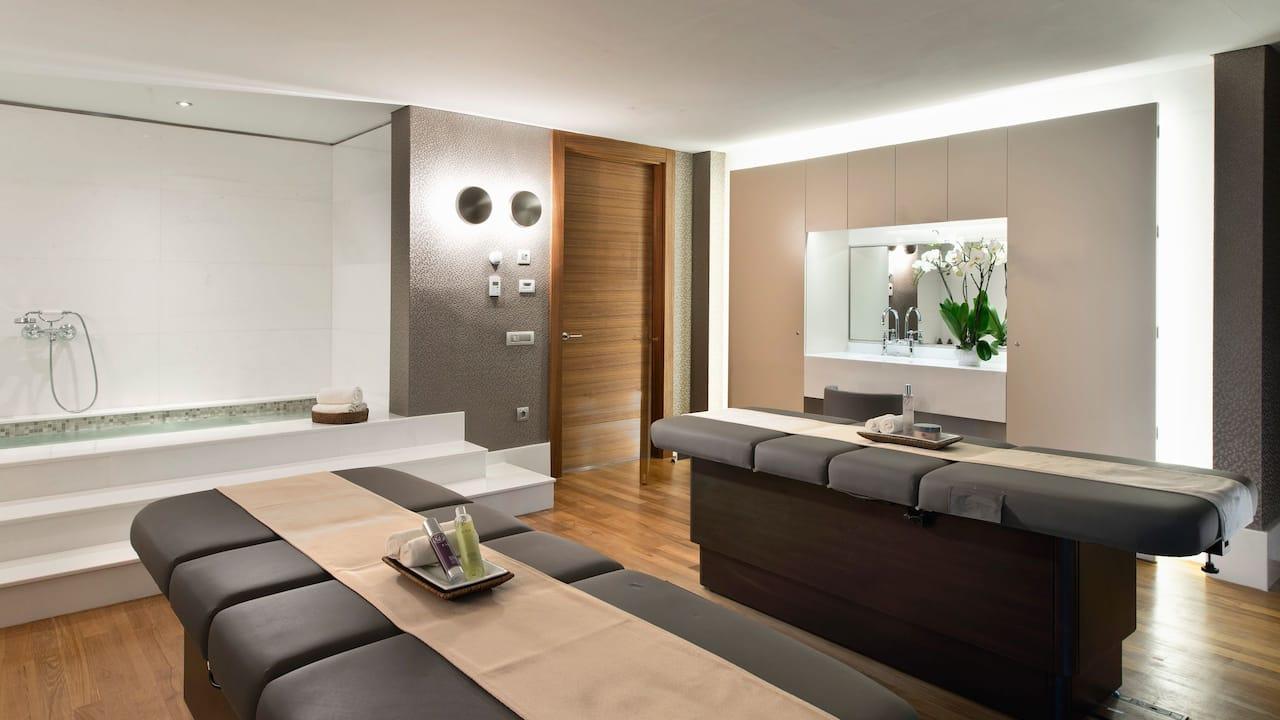 Spa Treatment Couple Room