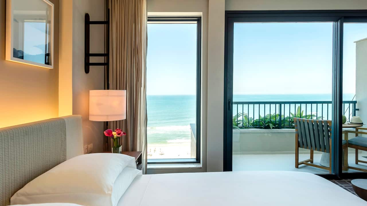 Grand King Room Ocean View