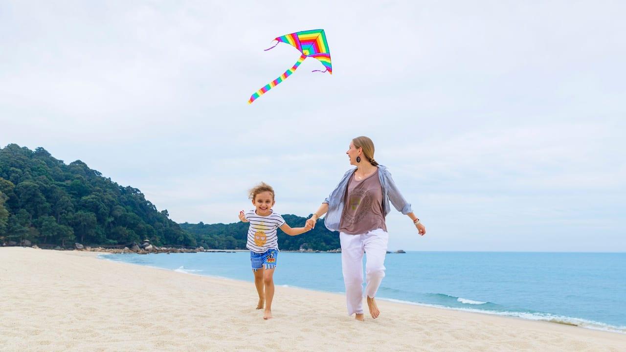 Teluk Cempedak Beach Kuantan (Hyatt Regency Kuantan Resort)