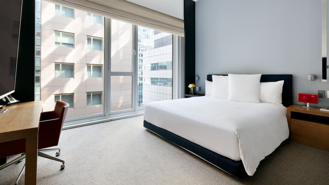 Andaz 5th Avenue Bedroom