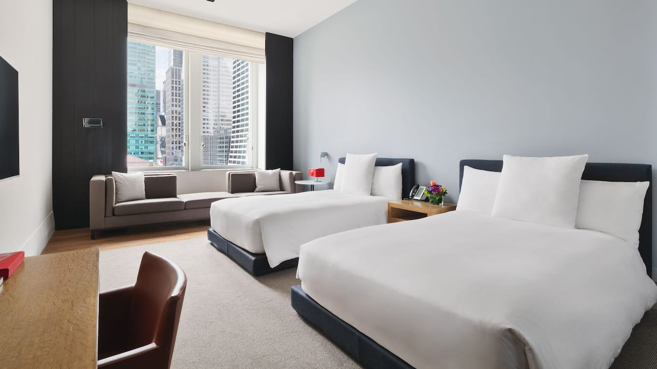 alt: 2 Double Beds with City View Andaz 5th Avenue