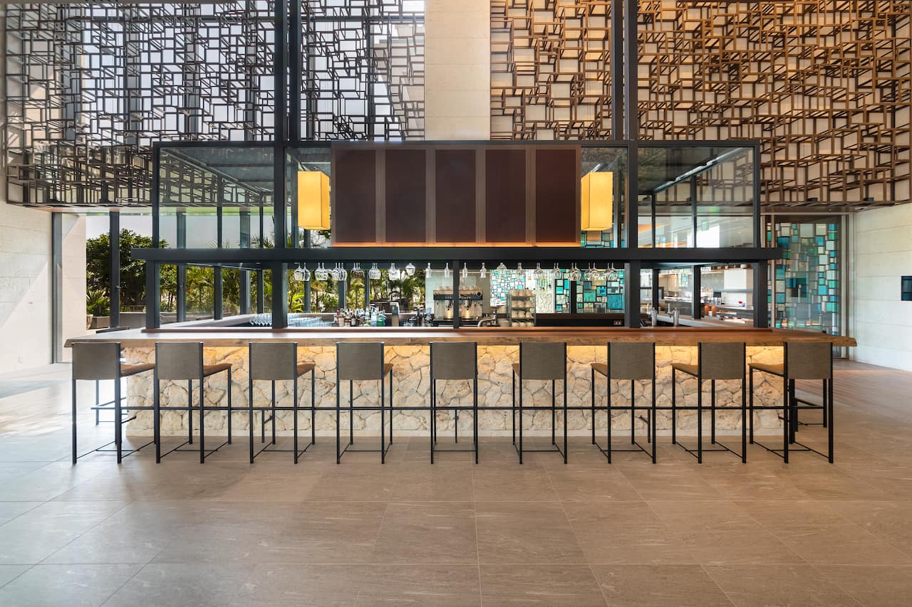 Hyatt Regency Seragaki Island Okinawa Lobby Bar