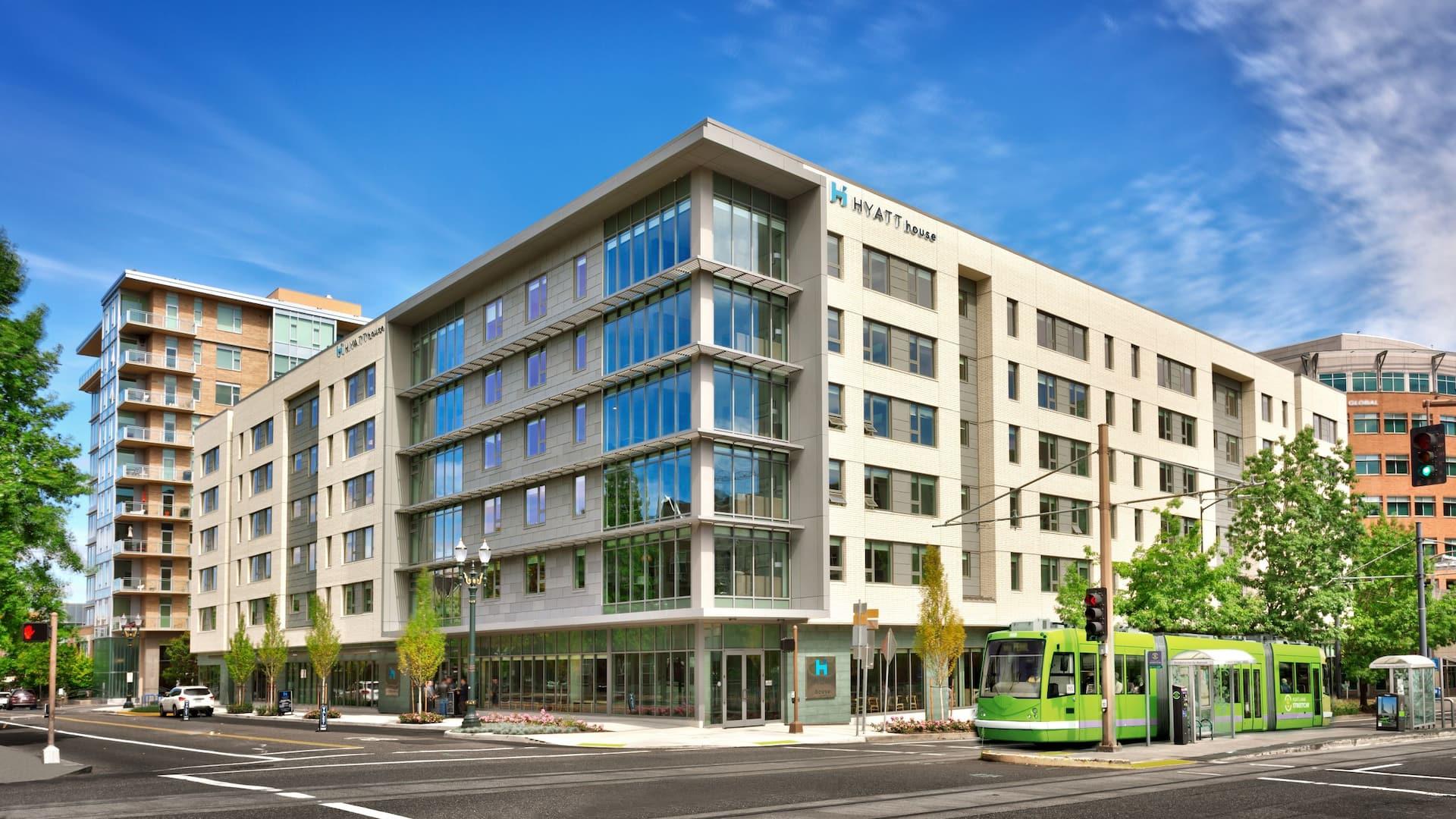 Hotels In Portland Oregon >> Modern Hotel Near Ohsu Hyatt House Portland Downtown