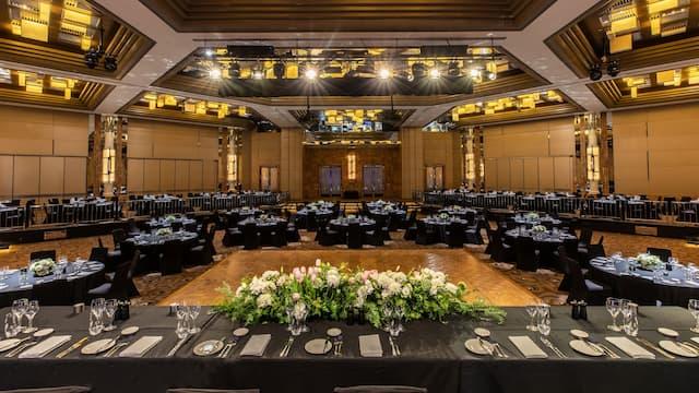 Savoy Ballroom Wedding Setup