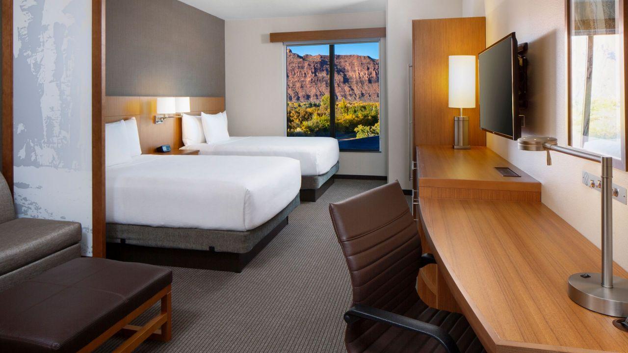 High Floor | Two Queen Beds (plus sofa bed)