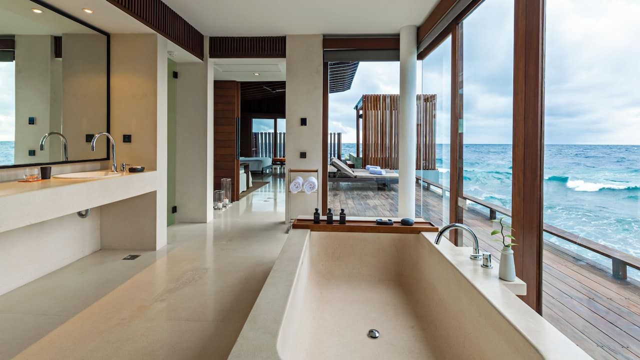 Park Sunset Ocean Pool Villa Bathroom