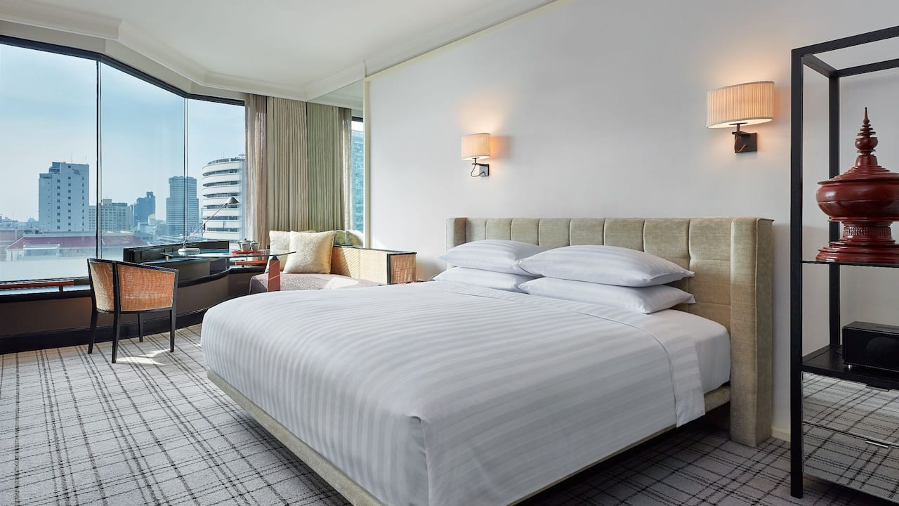 1 King Bed View – Grand Hyatt Erawan Bangkok