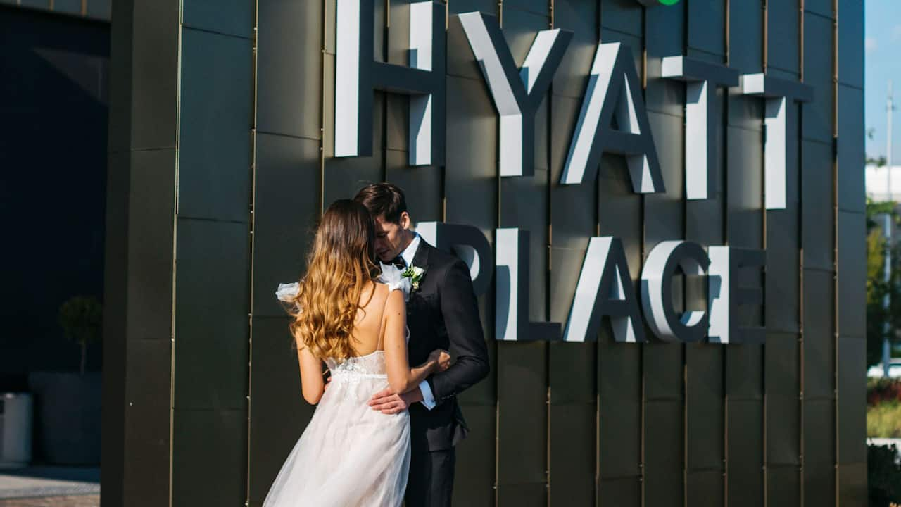 Hyatt Place Melbourne Wedding