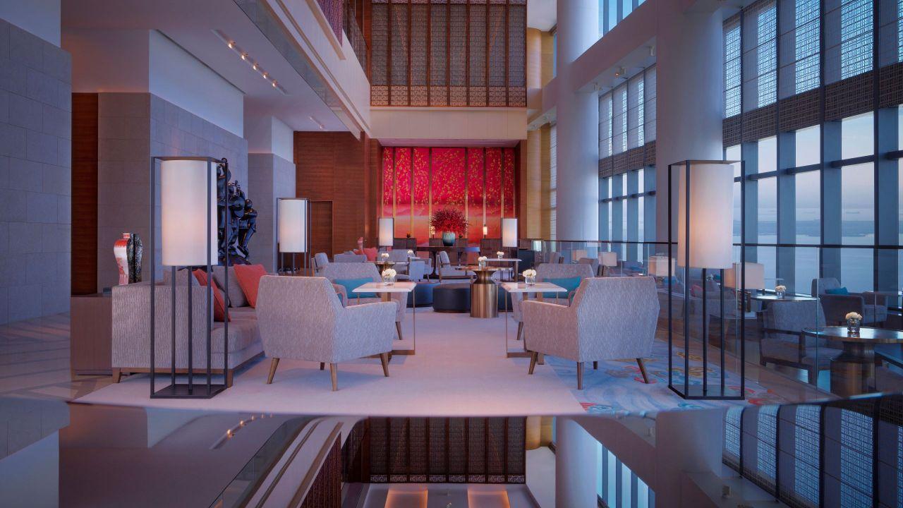 Hyatt Regency Zhenjiang hotel sky lobby