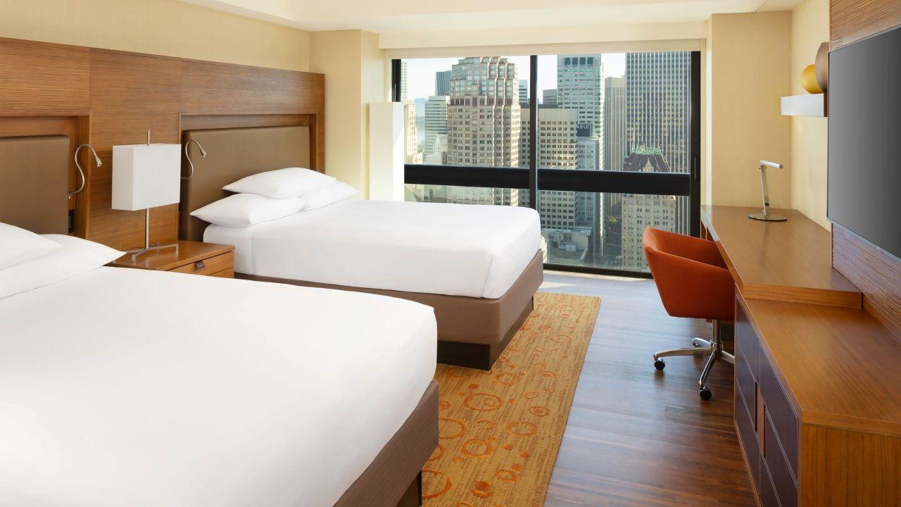 Grand Hyatt Guestroom City View