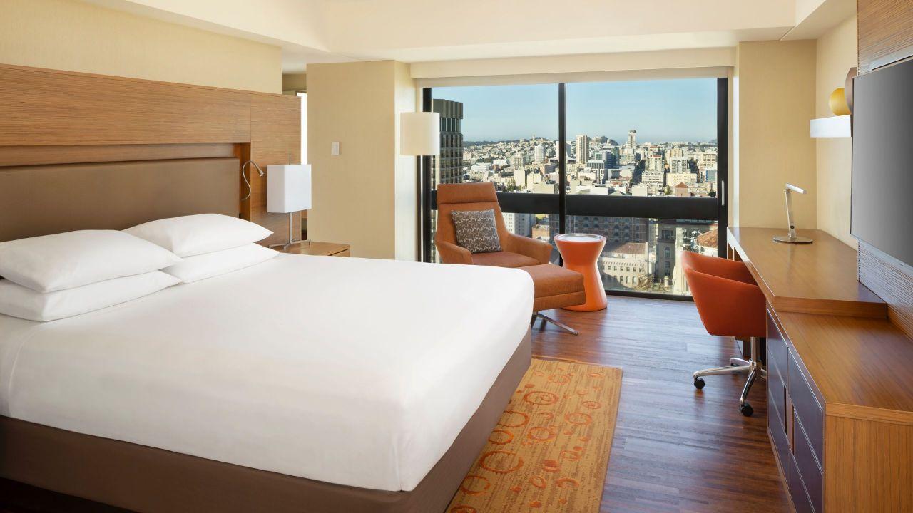 Grand Hyatt King Bed City View