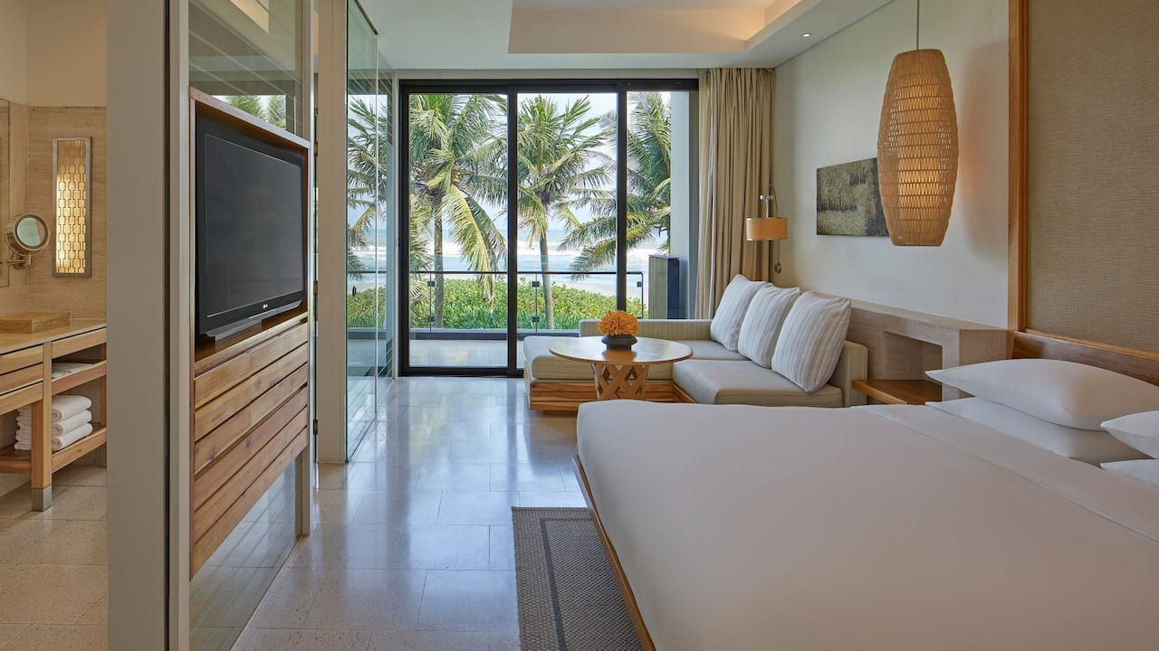 Hyatt Regency Club Room, 1 King Bed with Club Access at Hyatt Resort Danang