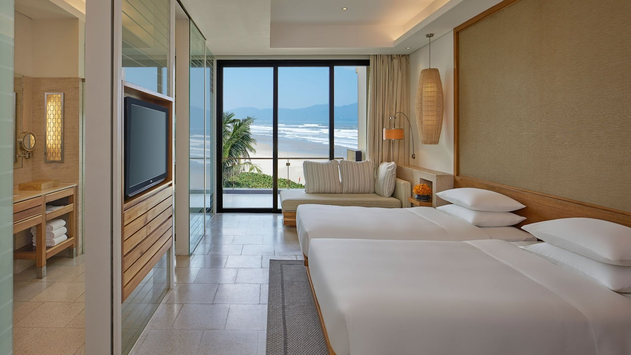 Club Room, 2 Twin Beds with Stunning Ocean Views in Danang