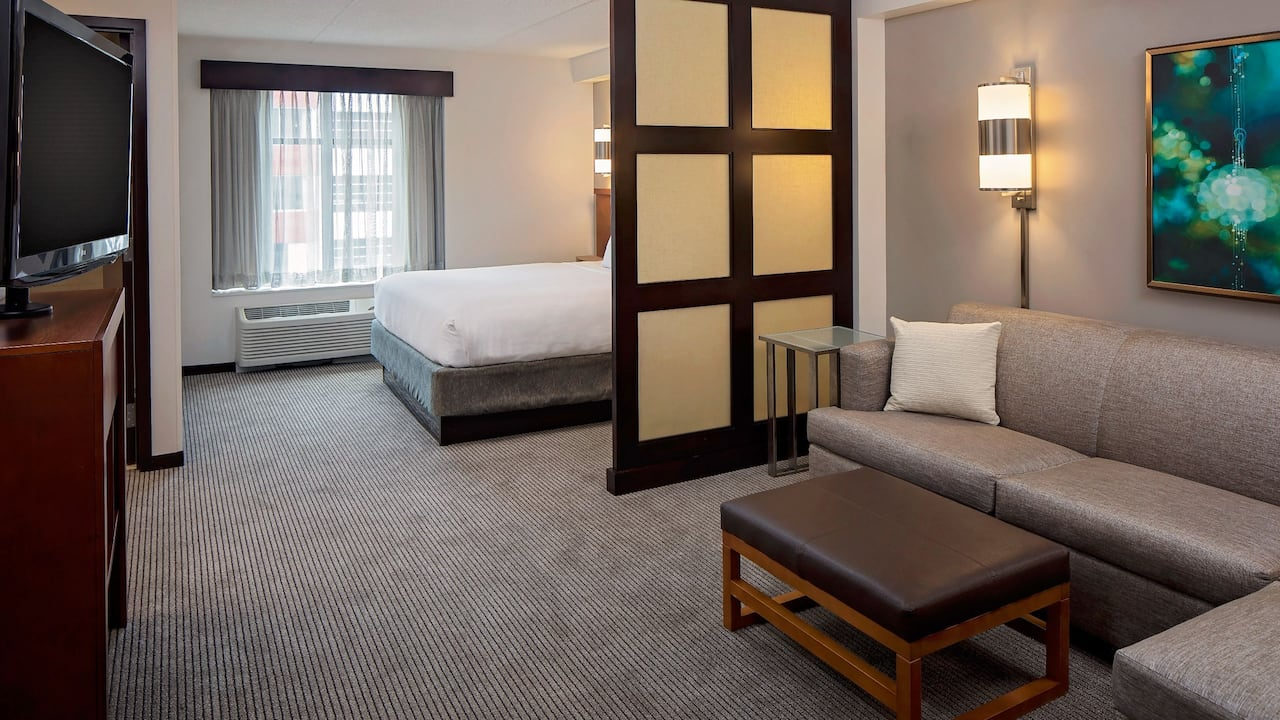 Pittsburgh North Shore Hotel Rooms Rates In Pittsburgh Hyatt