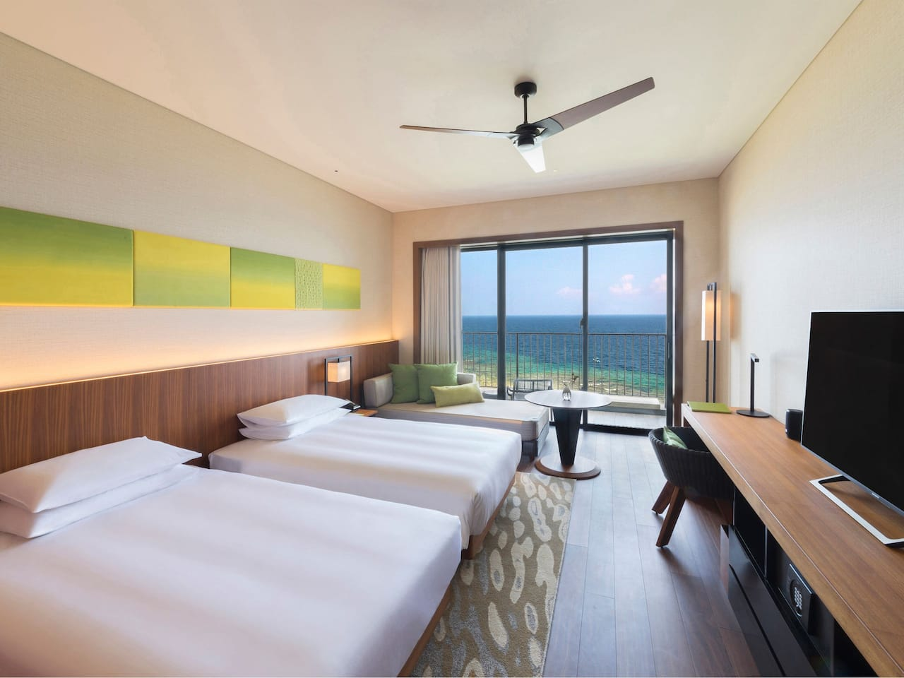 2 Twin Bed Ocean Front View
