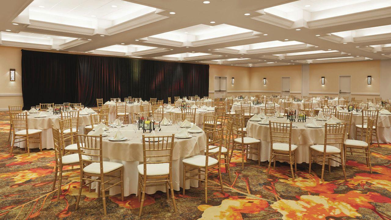 Grand Salon Ballroom