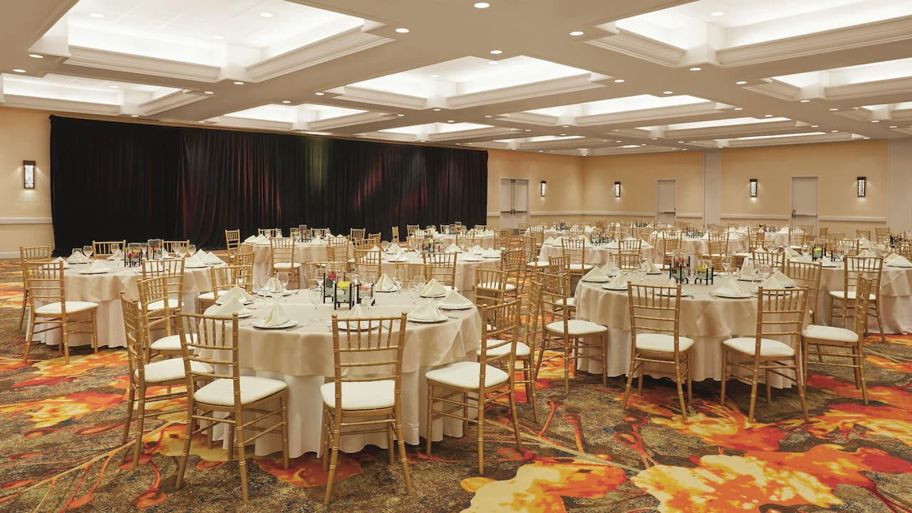 Grand Salon Ballroom