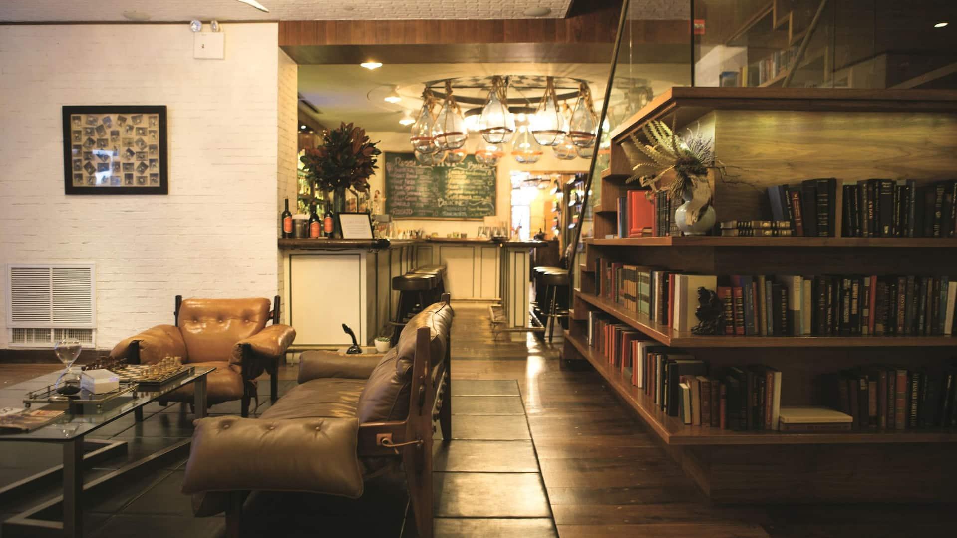 Felice Dining Lobby