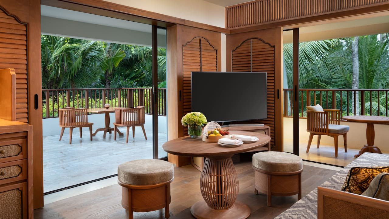 Regency Suite with 1 King Bed and Living Room, Hyatt Regency Bali