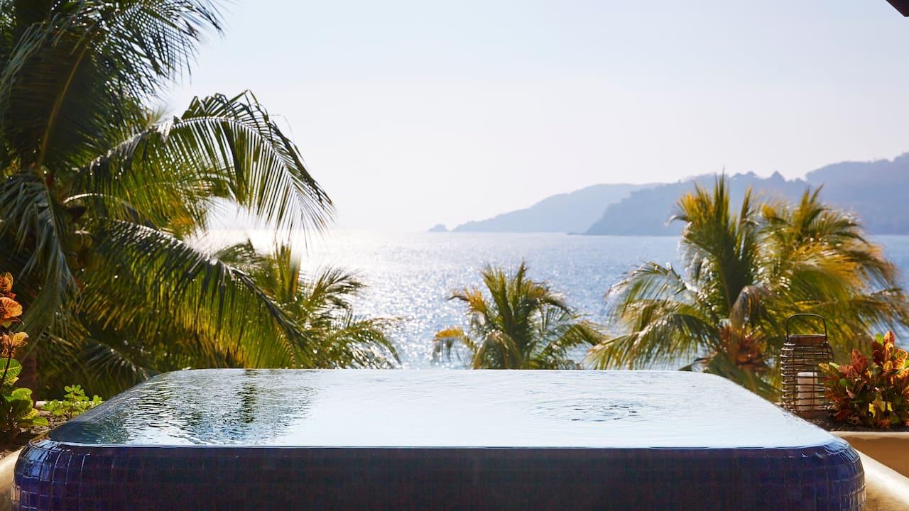 beach suite private plunge pool