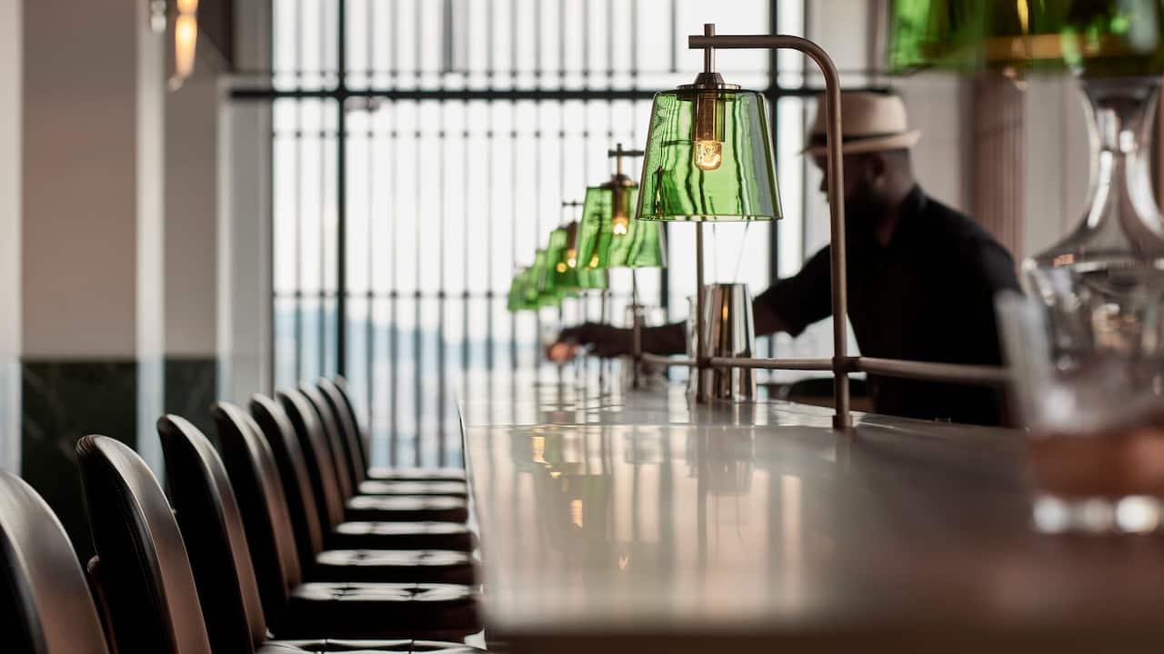Restaurant Pacific Standard Bar