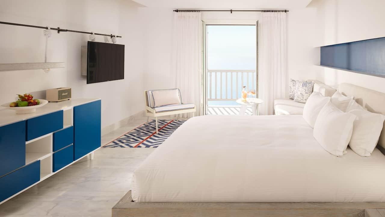 Panoramic Retreat Guestroom
