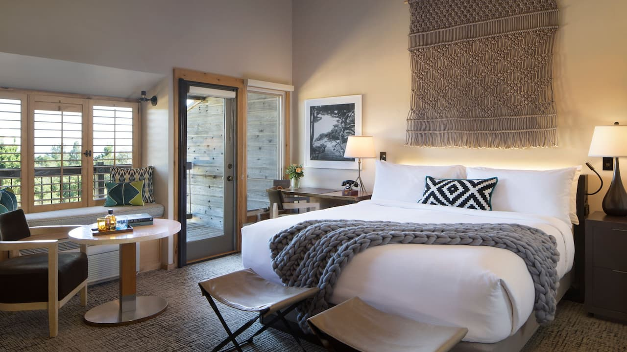 Ventana Guestroom