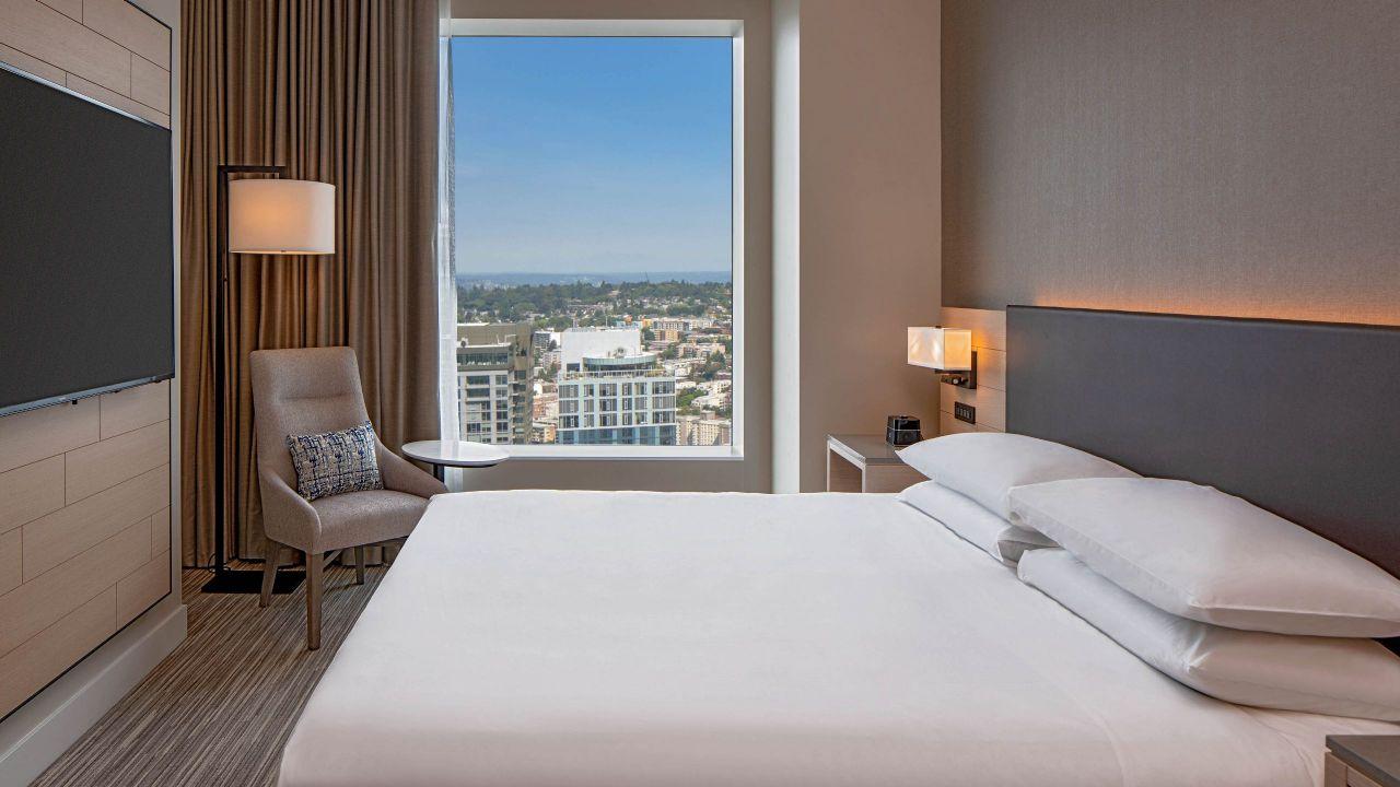 Hyatt Regency Seattle Executive Suite Bedroom