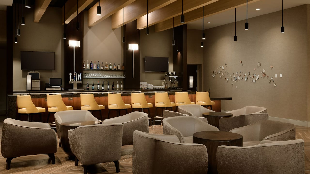 Hyatt Place Pasadena Hotel Bar