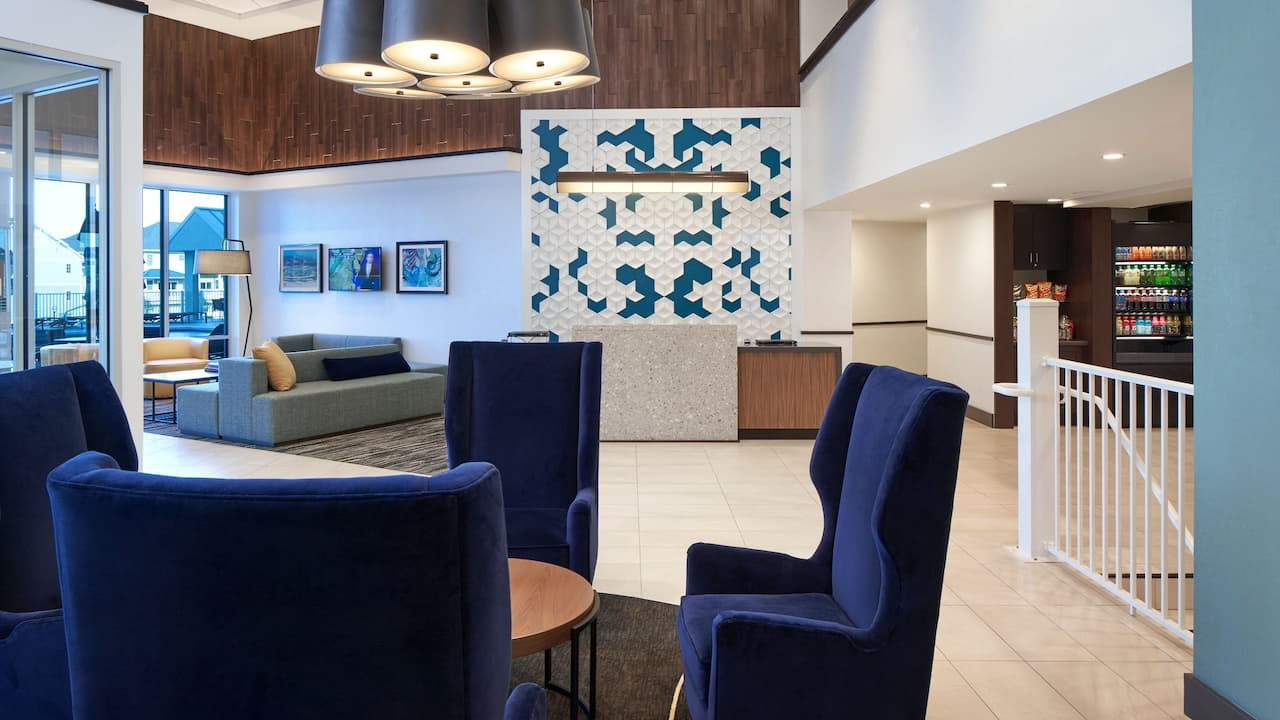 Welcome to Hyatt Place Ocean City Oceanfront Gallery and Check-in