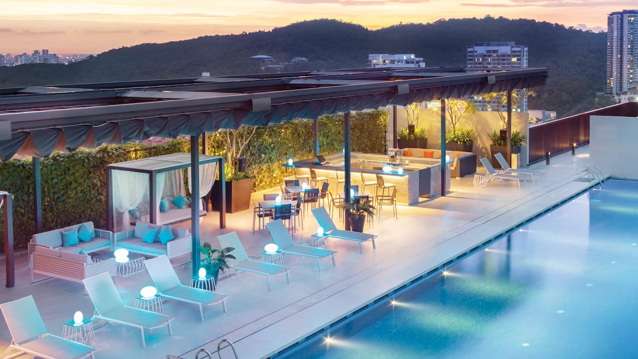 Rooftop Pool at the Hyatt House Kuala Lumpur, Mont Kiara (Malaysia)