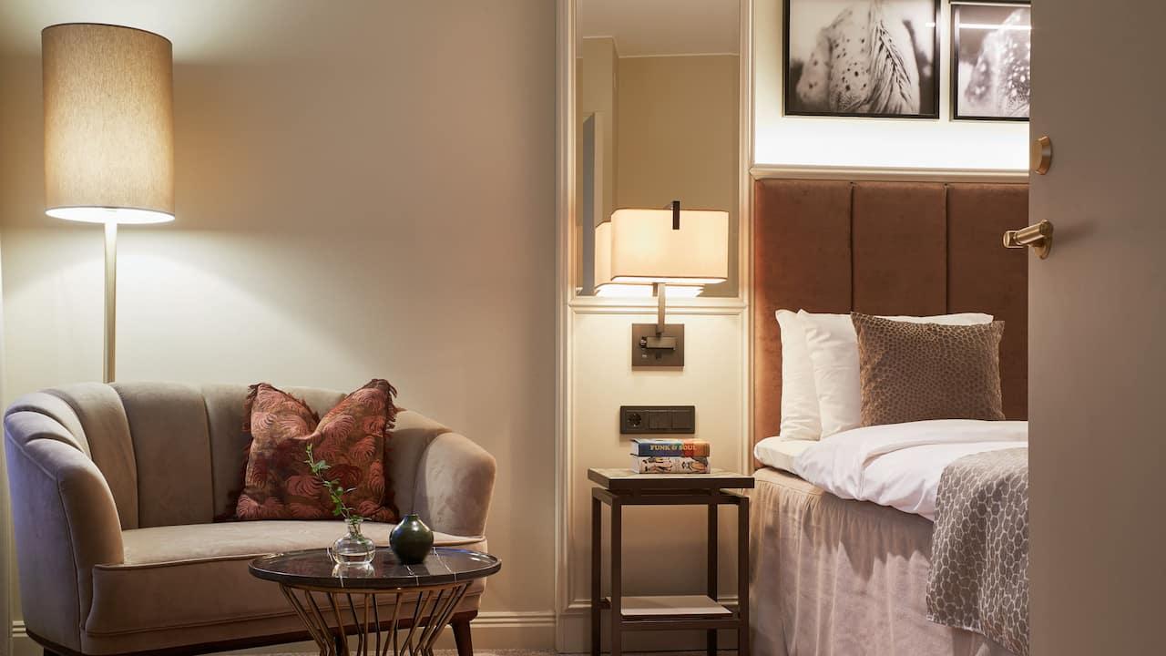 Exquisite suite