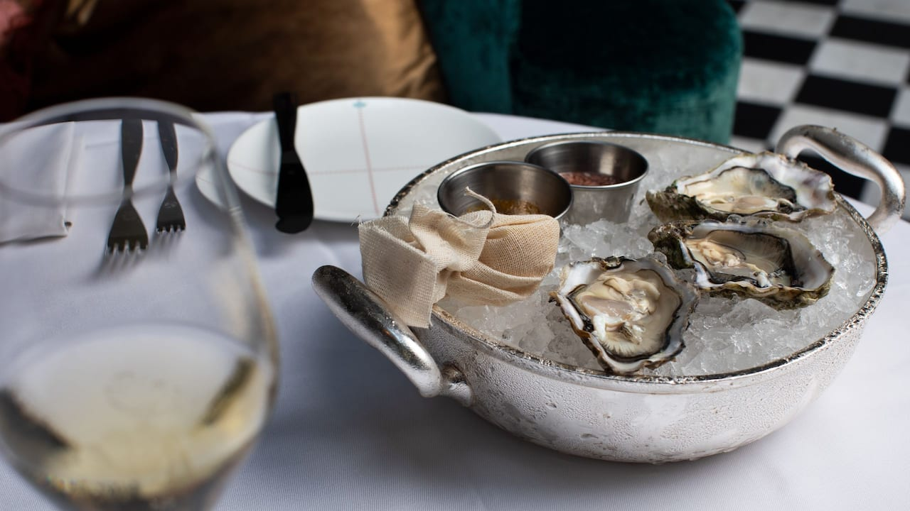 Restaurant Oysters