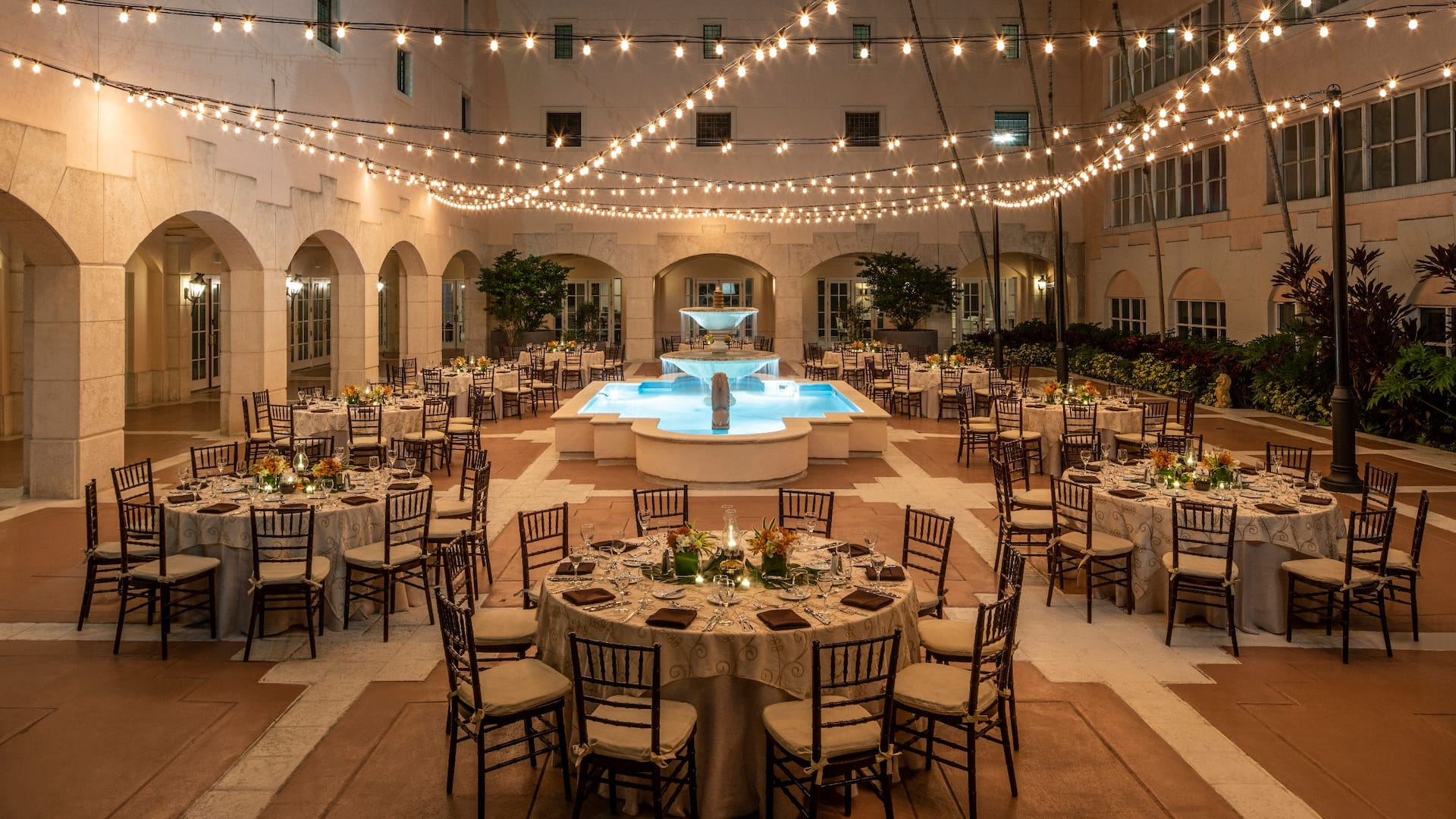 Hyatt Regency Coral Gables Courtyard Banquet Night
