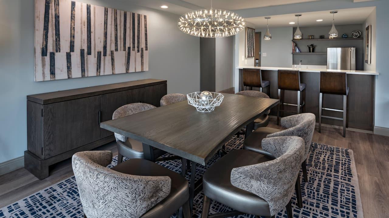 Hyatt Regency Austin Deluxe Suite Dining