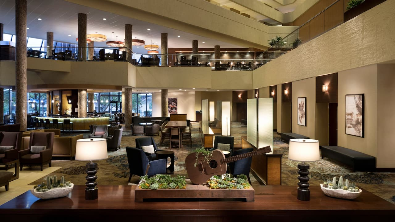 Hyatt Regency Austin lobby seating