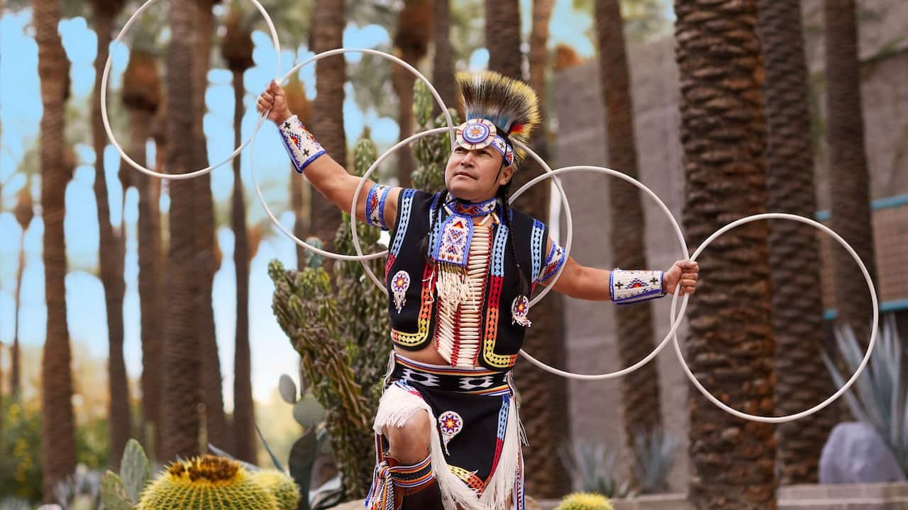 Things to do in Scottsdale, AZ - Native American Dancing